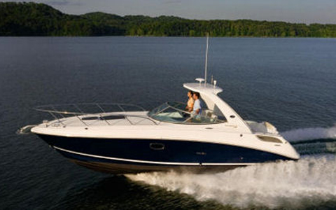 Sea Ray Boat Repairs in and near Harrison Township Michigan